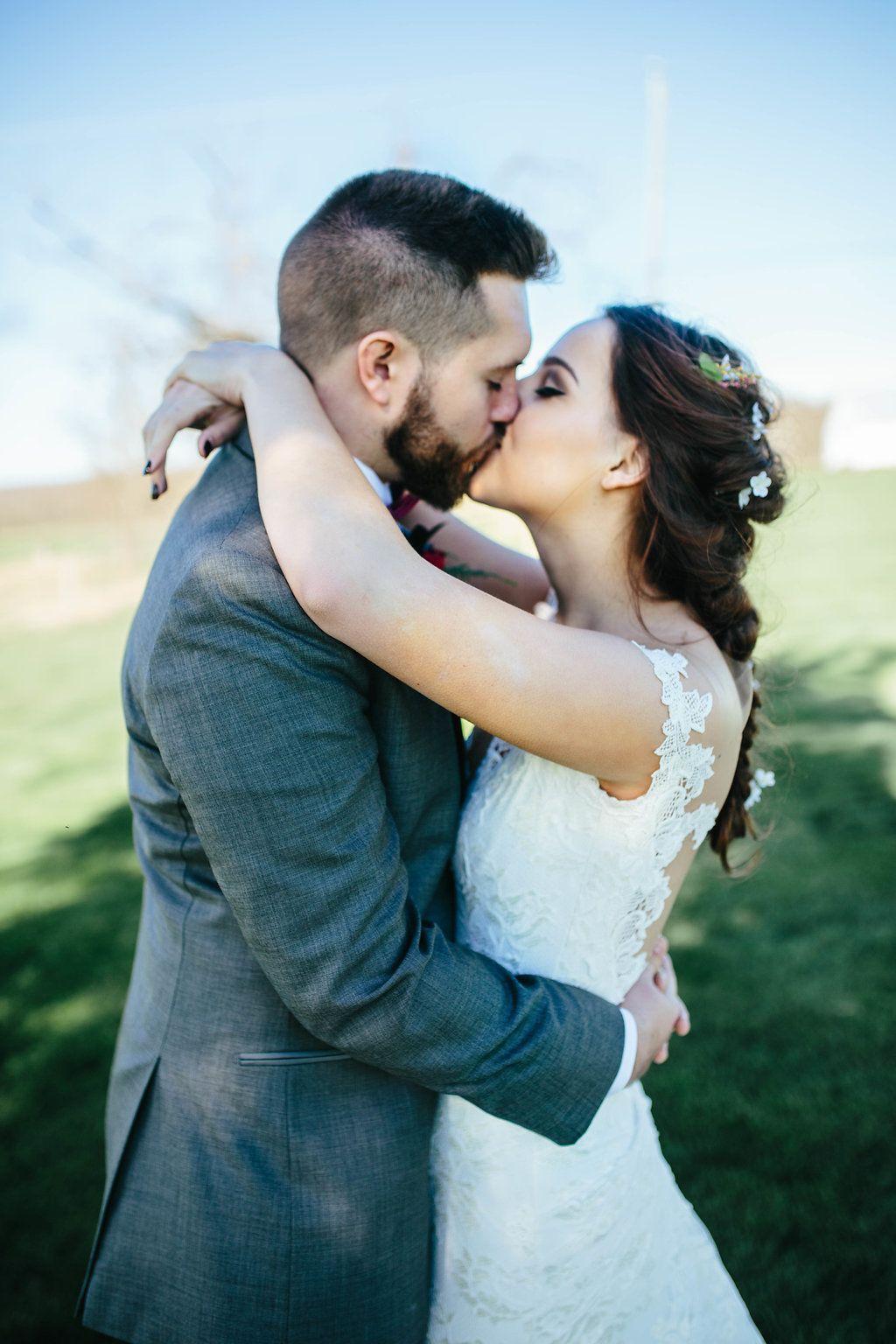 Harrisonburg wedding styled shoot april on sunny slope farm