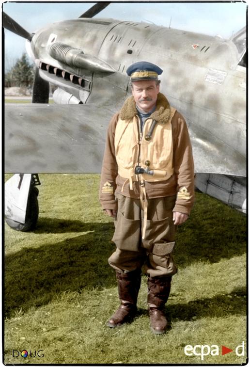 Capitano Adriano Visconti, 1º Squadriglia, 1º Gruppo Caccia, Aeronautica Nazionale Repubblicano, Reggio Emilia, Italia. Maggio 1944.