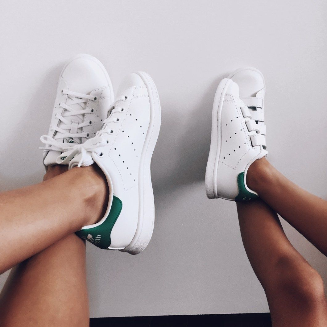 the best attitude ab5a9 f9f86 Big and mini Adidas shoes