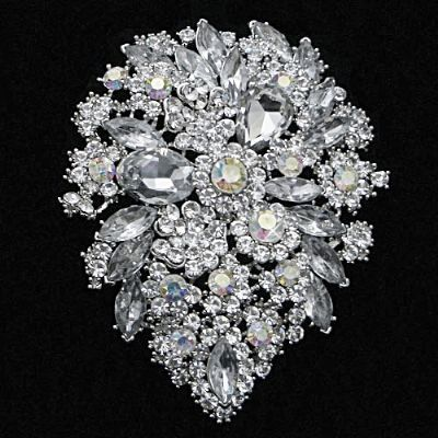 d84952d7b8f Crystal Brooch. Stunning Ornate Bridal Wedding Dress Brooch 11 x 8 ...