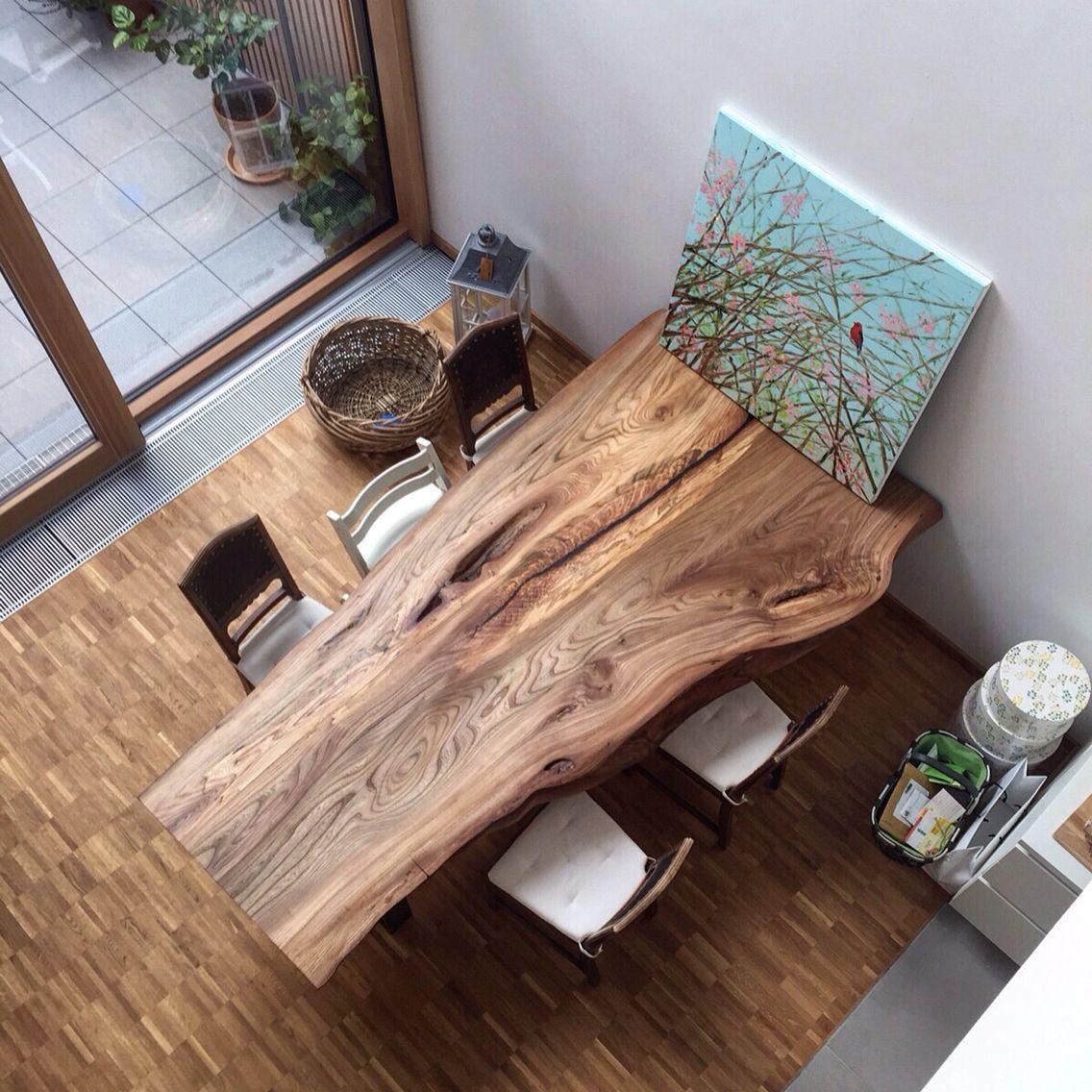 Massivholztisch baumtisch aus ulmenholz for Massivholztisch design