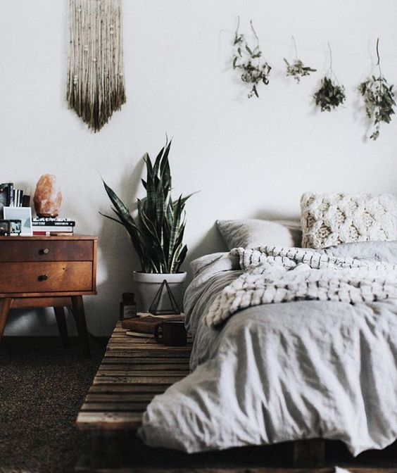 Minimalist Boho Bedrooms That Are Beyond Cute Home Home Bedroom Simple How To Get Rid Of Spiders In Bedroom Minimalist Decoration