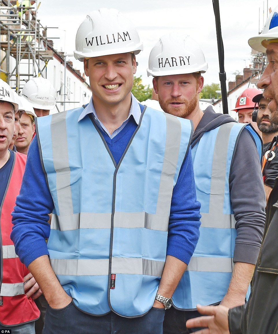 DIY SOS' resident electrician gives Prince William and
