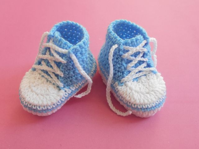 This is a pair of baby converse bootie. It is a small size booties ...