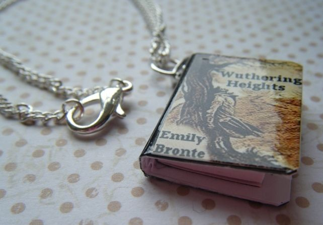 WUTHERING HEIGHTS BOOK CHARM necklace £8.00