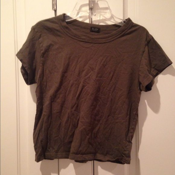 Olive green Brandy Melville tee Never worn (doesn't fit right) olive green cropped tee shirt Brandy Melville Tops Crop Tops