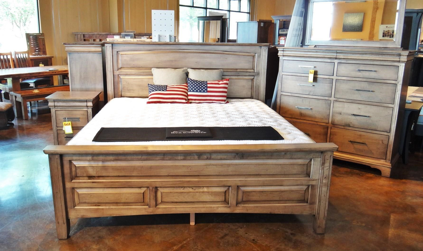 Edinburgh 84 Queen Livingston Bed By Oakwood Industries Available