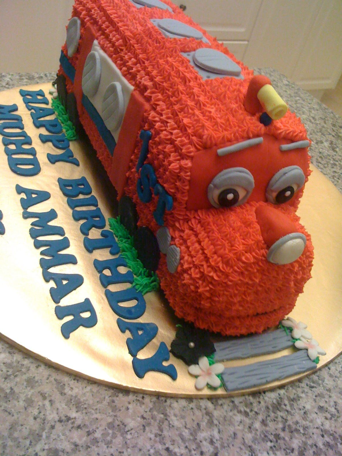 CAKE CUPBOARD Arthur from Chuggington set For kiddies