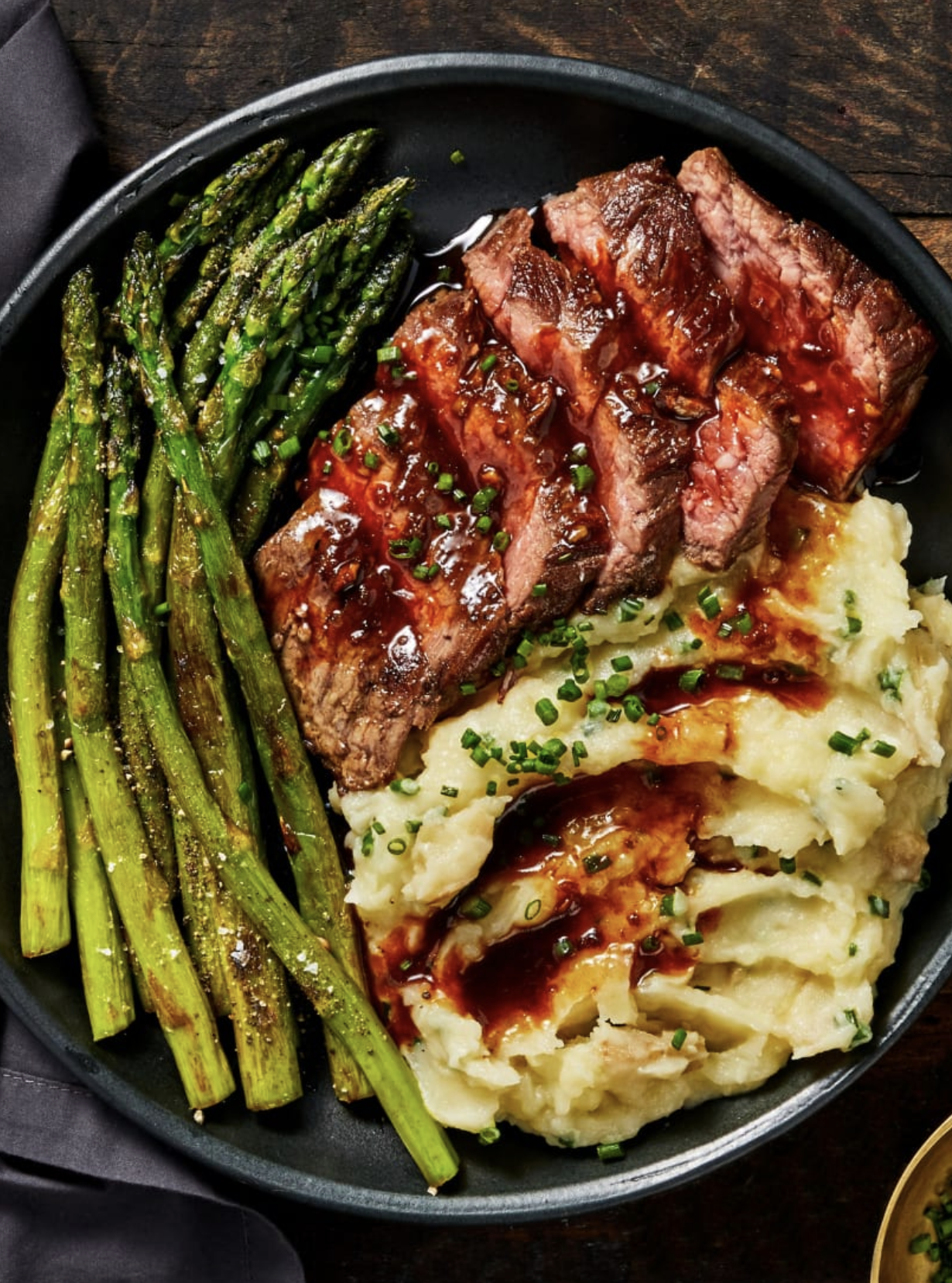 25 Sunday Dinner Ideas With Easy Recipes The Whole Family Will Love Sunday Dinner Recipes Recipes Soul Food