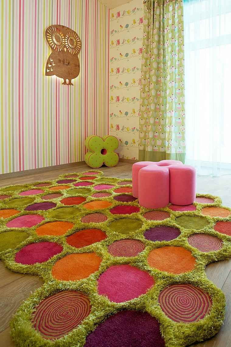Tapis de sol original en vert, orange, rose et violet