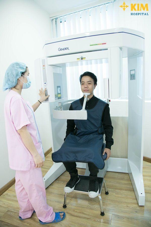 Gọt cằm cho nam giới với công nghệ đột phá tại KIM Hospital