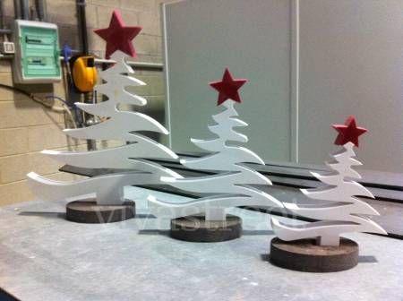 Decorazioni Natalizie Con Il Polistirolo.Albero Di Natale Polistirolo Decorazioni Luminose Natalizie Idee Di Natale Natale
