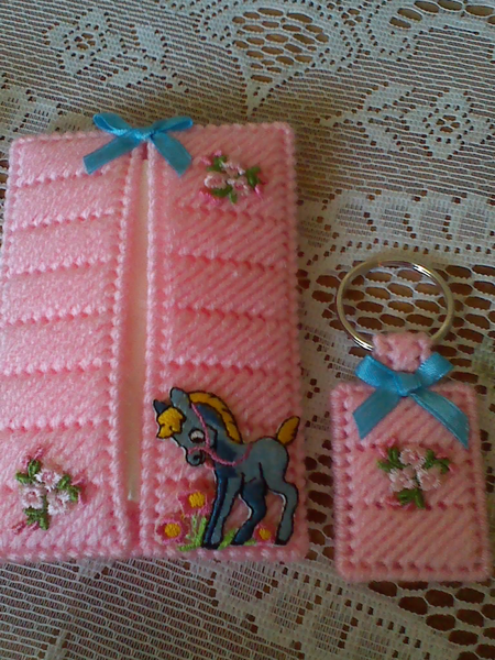 Pink tissue cover key chain gift set craft ideas for Snowman pocket tissues