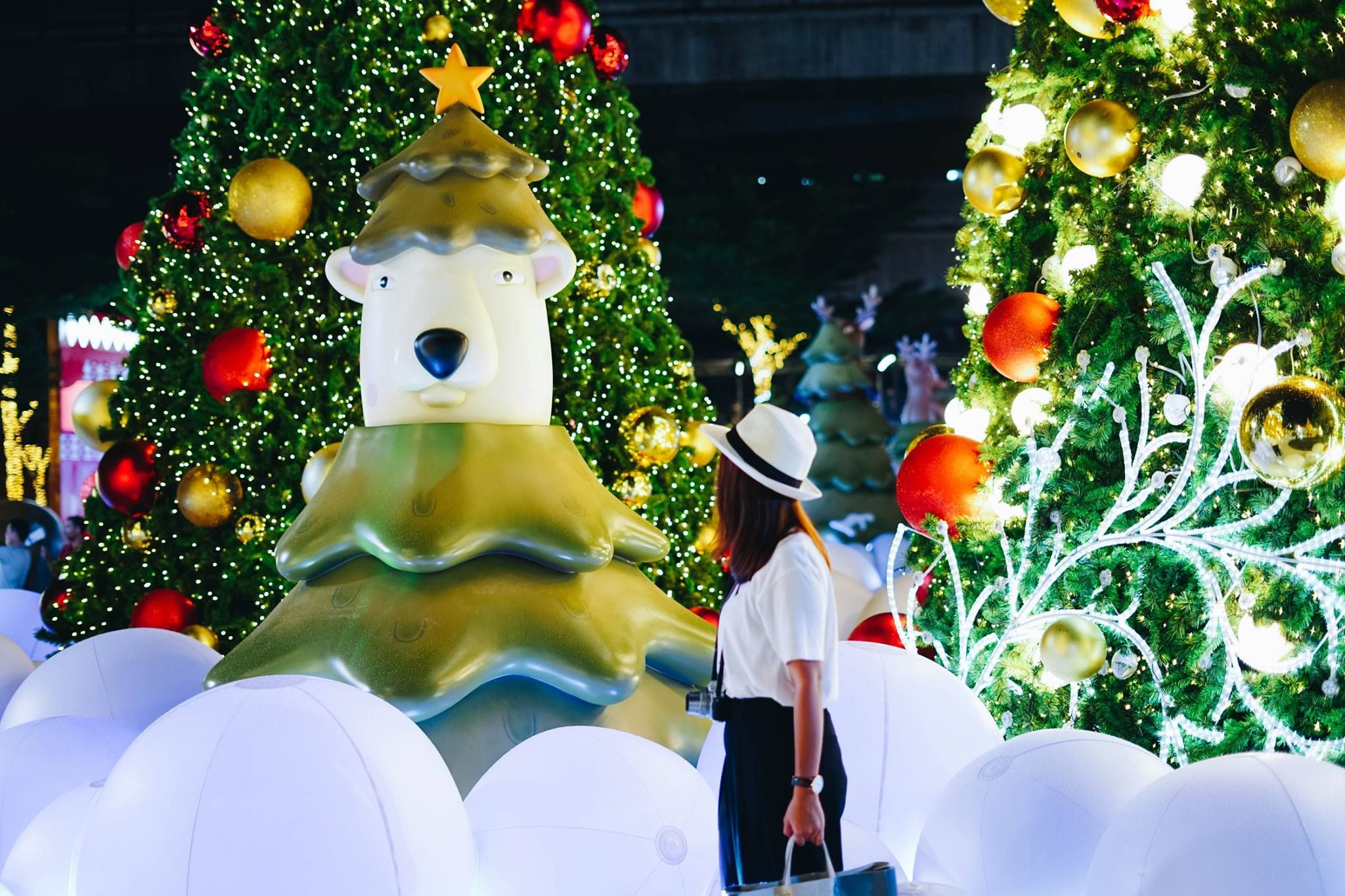the dazzling celebration christmas celebration at cpn centralworld this festive season starts from 27 november 2016
