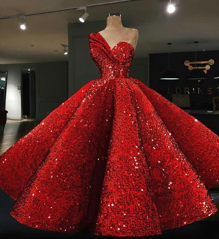 vestidos de amplitud mega grande