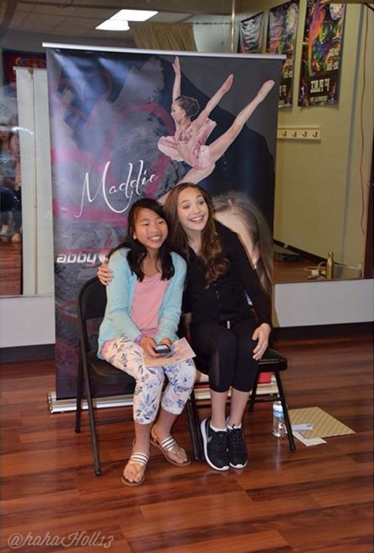 Added by hahah0ll13 dance moms at nashville meet and greet added by hahah0ll13 dance moms at nashville meet and greet credit music city kristyandbryce Choice Image