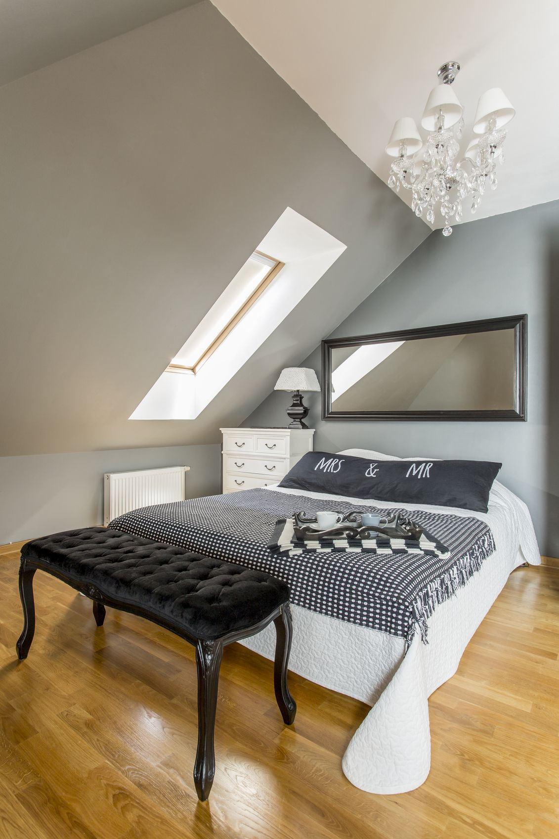 kleines schlafzimmer unterm dach einrichten | dachboden ausbauen