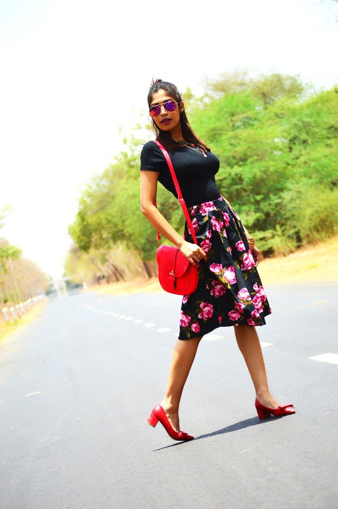 Fashion, Style, Fashion Bloggers, Indian Fashion Blogger, Street Style, Summer Fashion, Floral Midi Skirt, Crop top, Fashion Photography, Bohemian Fashion- 2