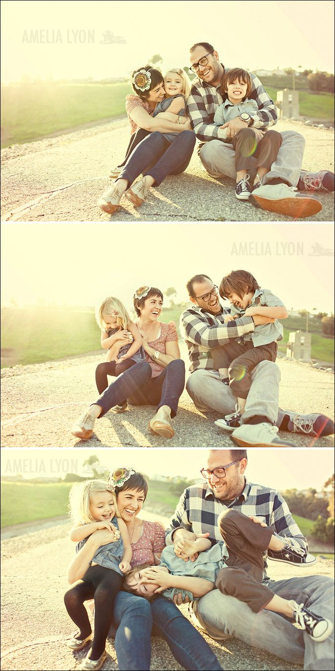 The best family pictures are often the most spontaneous. We love these playful tickling snapshots!