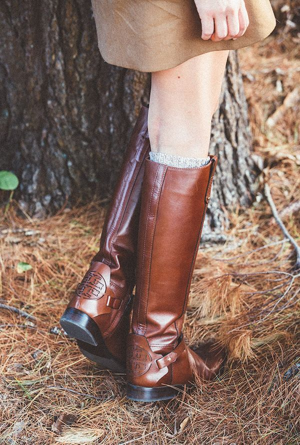 dfd33d2977c3 Blogger Classy Girls Wear Pearls wearing Tory Burch Derby Riding Boots