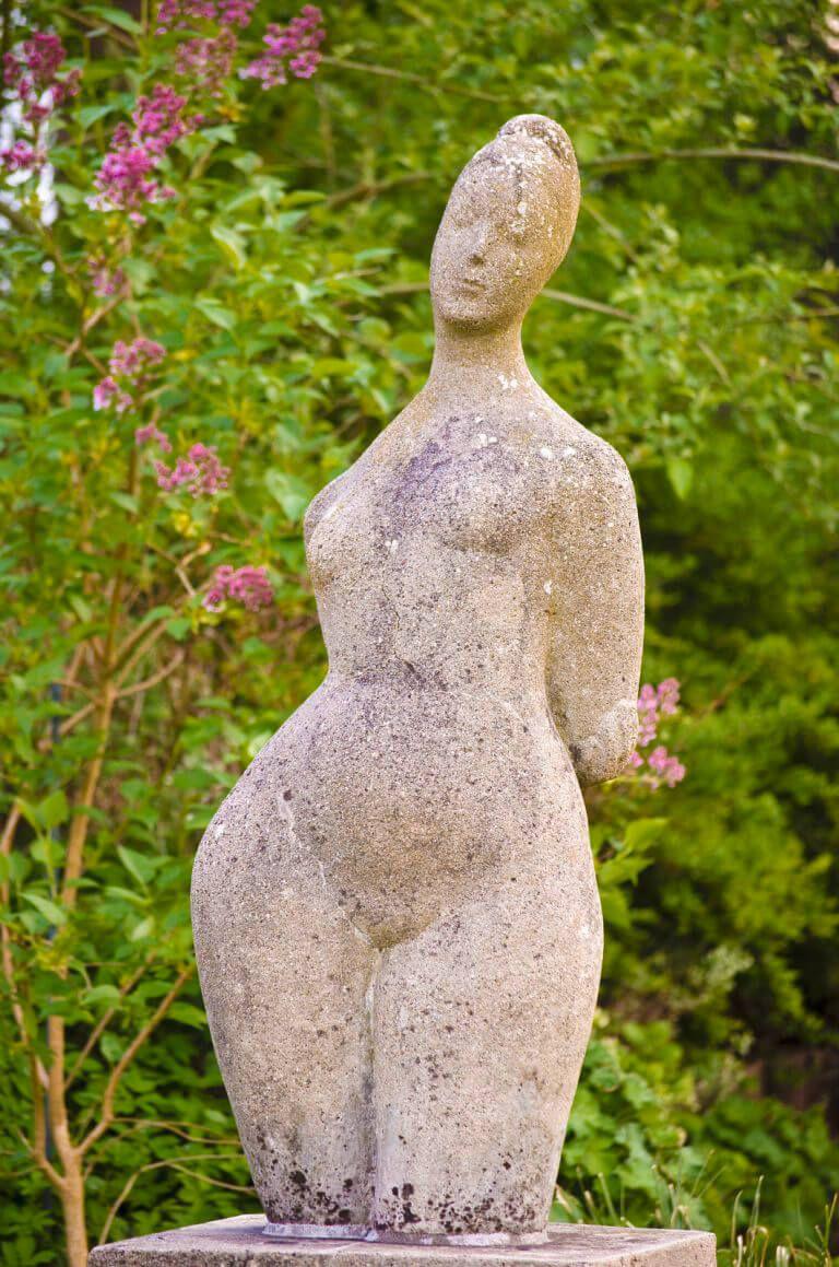 Ursula Hensel Kruger Venus Foto Kunst Sh Jan Petersen Steinskulptur Moderne Skulptur Frauenfiguren