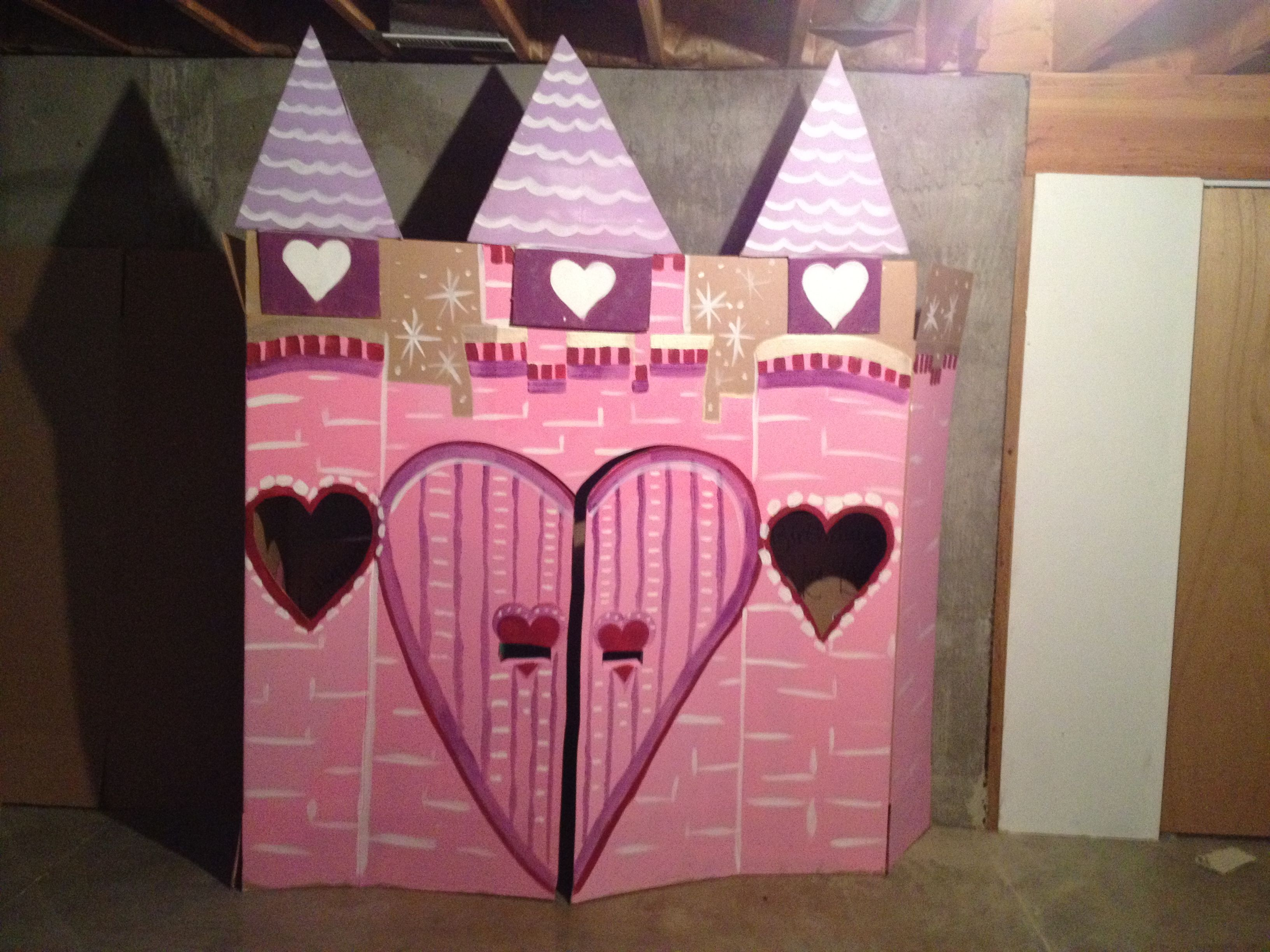 Princess castle made out of cardboard box to match the for Castle made out of cardboard boxes
