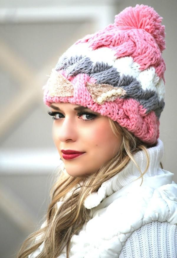 Knit Pom Pom & Pearls Hat | Manualidades fáciles, Gorros y Tejido