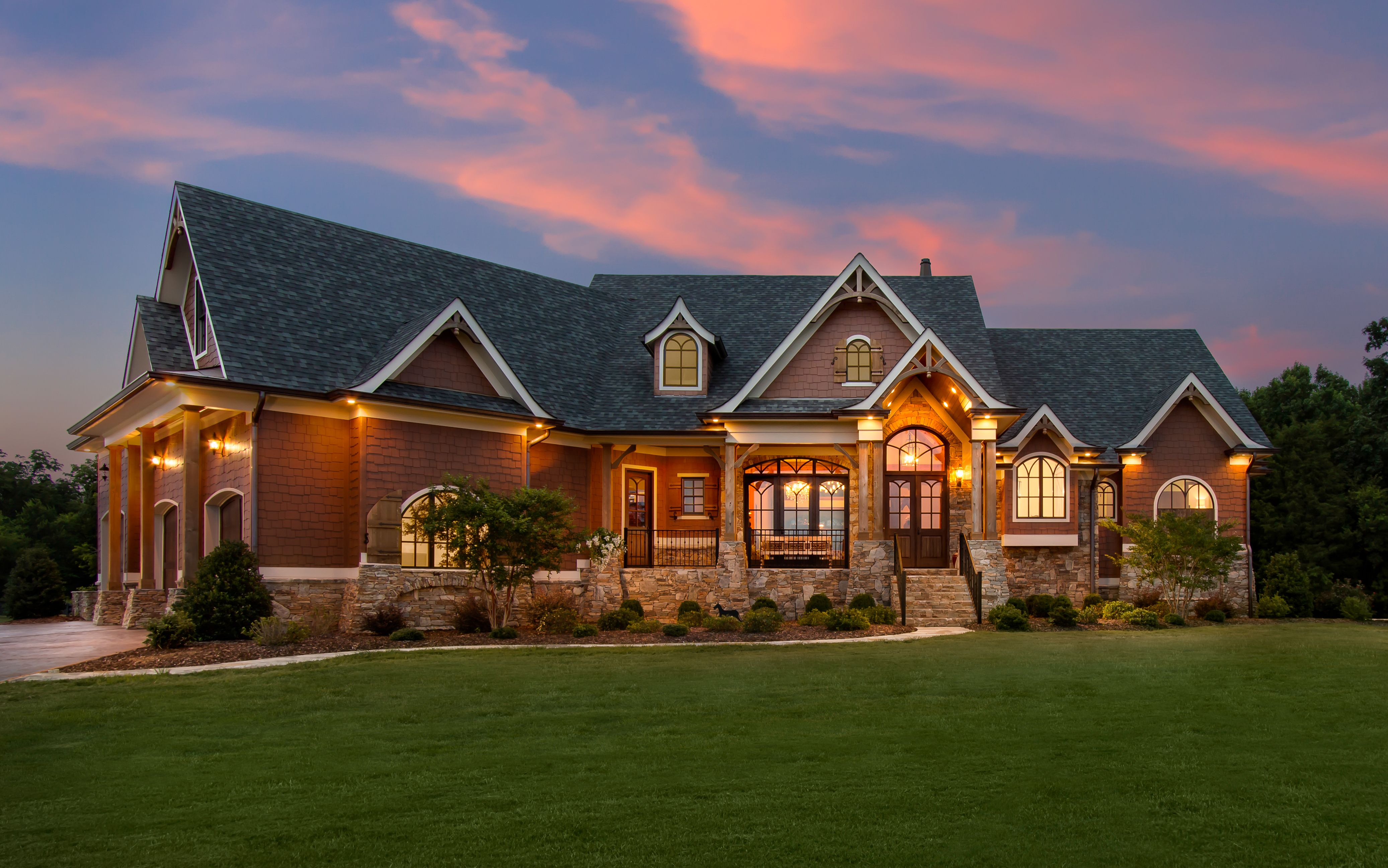 Rustic craftsman inspiration with this garrell associates for Garrell builders