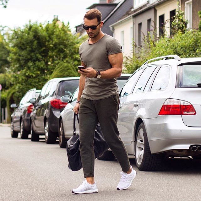 Honestly this could be cool for a more casual look id just have to grow massive muscles lol Men outfits Pinterest Sandro Muscles and Mens fashion