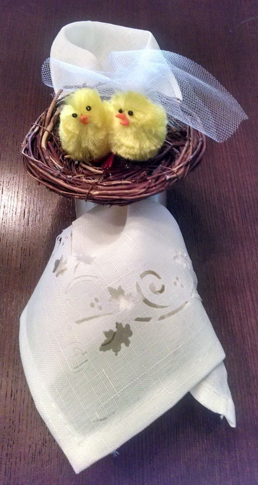 Easter Wedding DIY Napkin Ring very cute and easy do it
