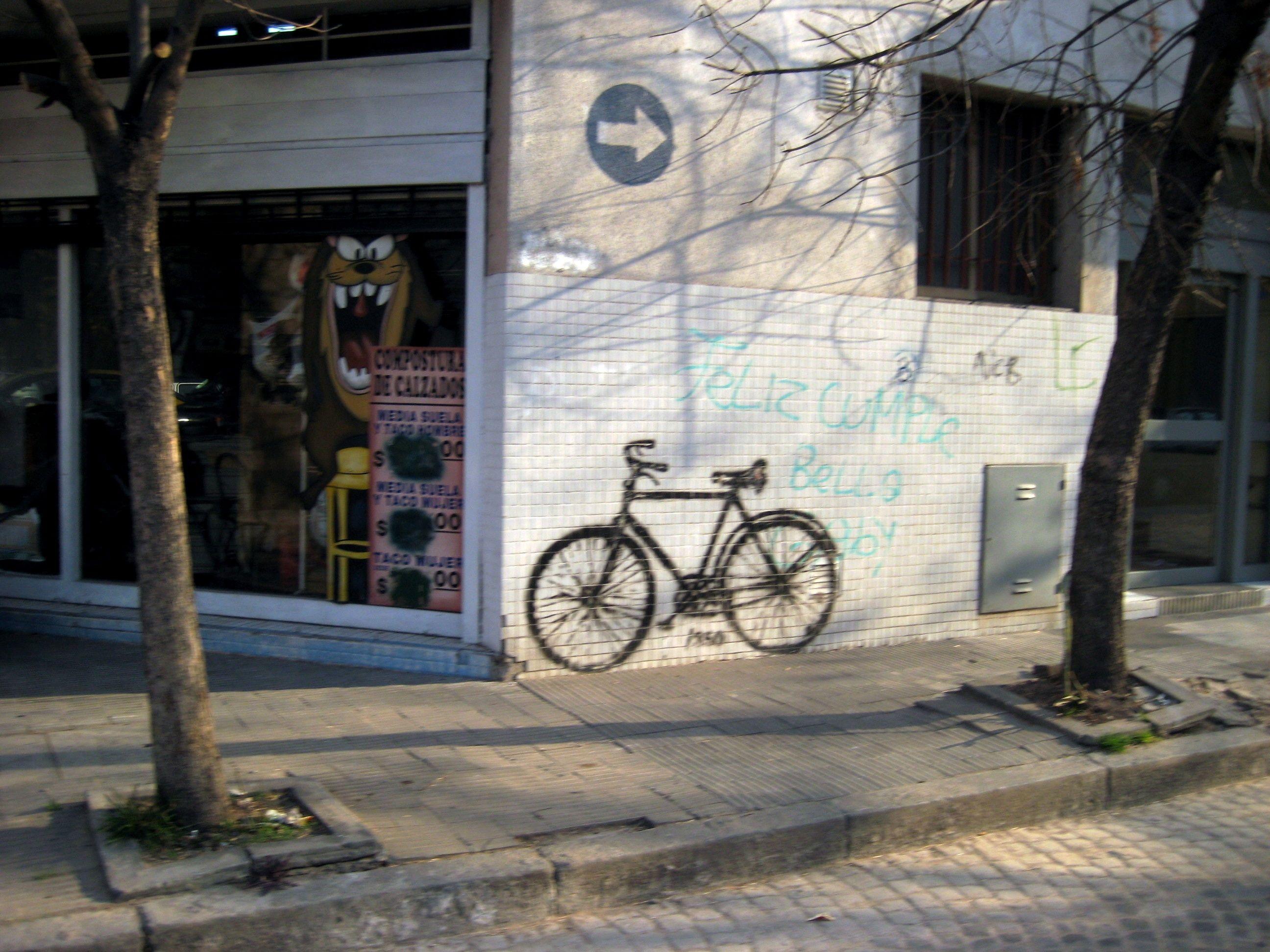 Bicicletas en la ciudad de rosario. Fernando Traverso