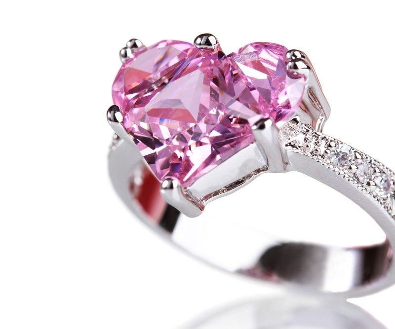 ValentineDay Special - 18 Kt white gold heart shape pink sapphire with side diamonds
