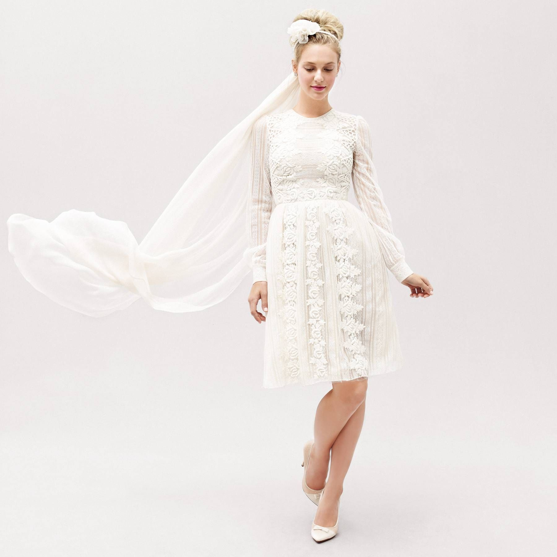 Eight Outrageously Unique Wedding Dresses