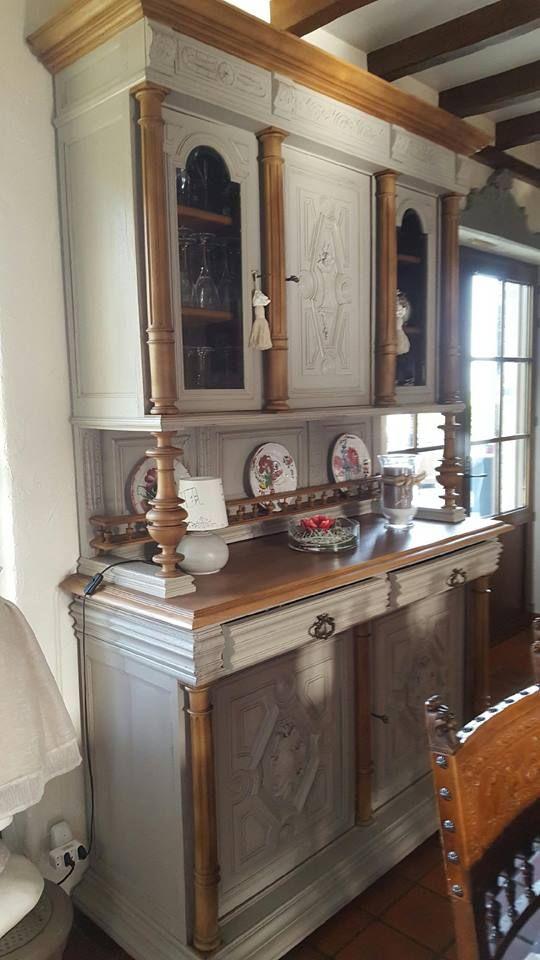 henri II - Buffet Henri II Décapé et Relooké en gris clair et bois - moderniser un meuble en bois
