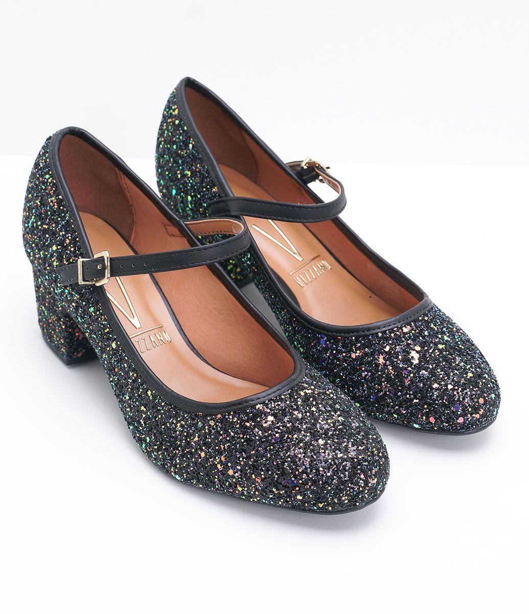 90fa71614f Sapato feminino Modelo  boneca Com glitter Fechamento com fivela Material   sintético Veja outras opções
