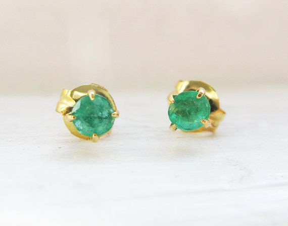 Vintage Tiny Emerald 18K Yellow Gold Earrings - ca 0.14 ct