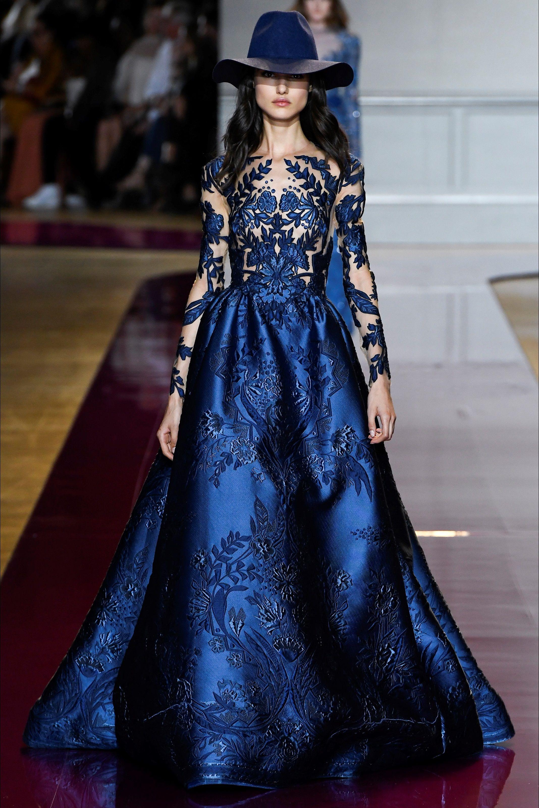 8055d1cc5f95 Sfilata Zuhair Murad Parigi - Alta Moda Autunno-Inverno 2016-17 - Vogue
