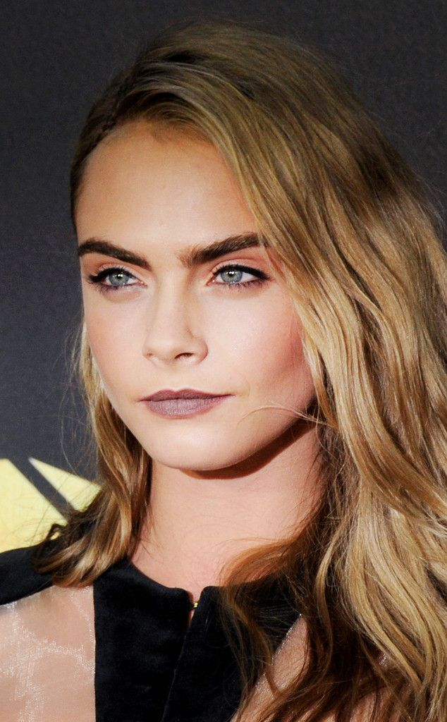 Cara Delevingne From 90s Grunge Makeup Trends To Try With Images