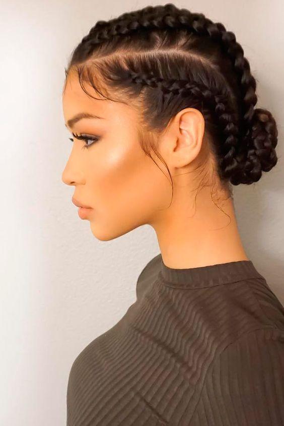 18 Jolie coiffures tressées pour toutes les tenues
