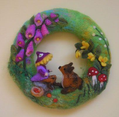 Photo of Wreath dwarf with fox