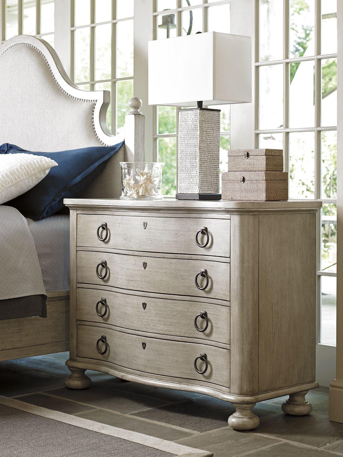Oyster Bay Bridgeport Bachelors Chest | Lexington Home Brands