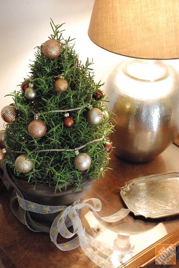 Christmas Decorating Ideas 3 Ways to Decorate Mini Trees - simple christmas decorating ideas