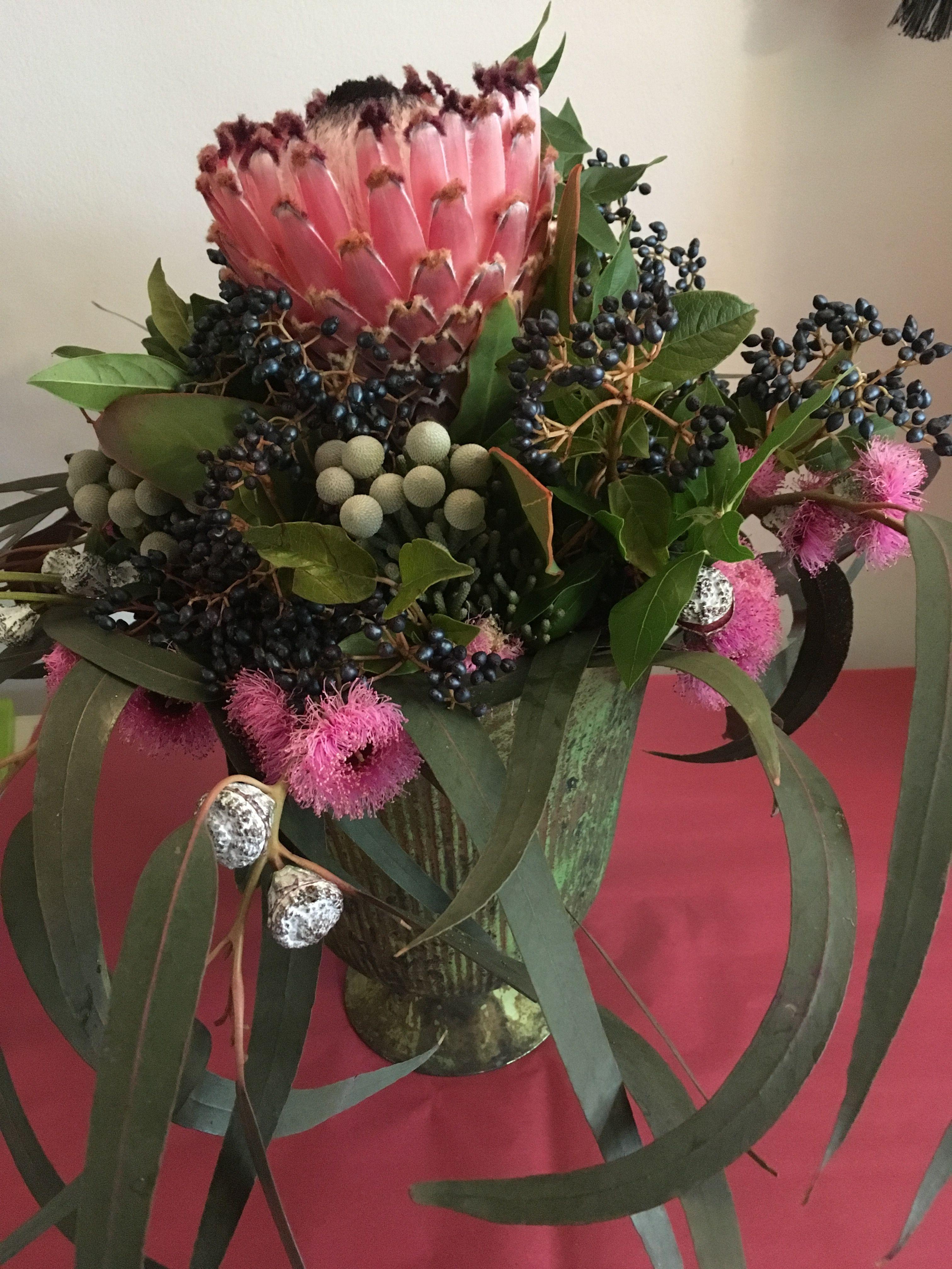 Pin by Kyoung Ok on 꽃장식   Pinterest   Flower arrangements, Flower ...