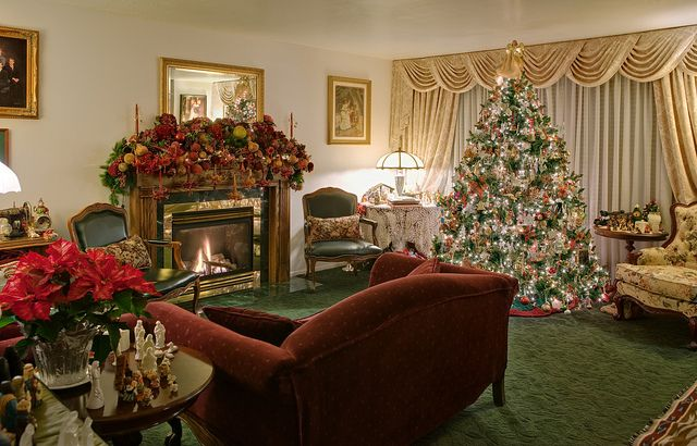 Home Interior Christmas Decorations With Images Beautiful