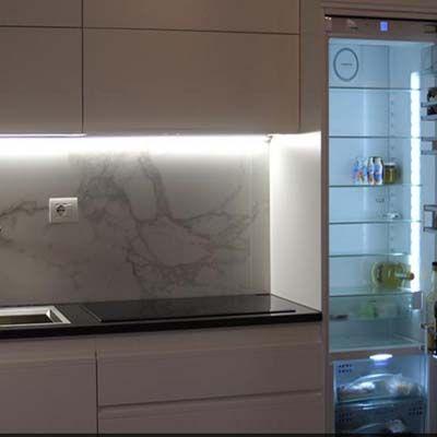 Cucina su misura con frigo Smeg - Cucine su misura di Creo Casa ...