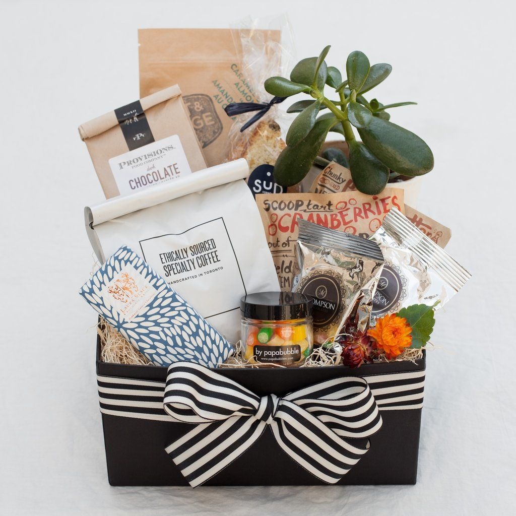 Shareable sweets Wrapping gift baskets, Gifts, Client gifts