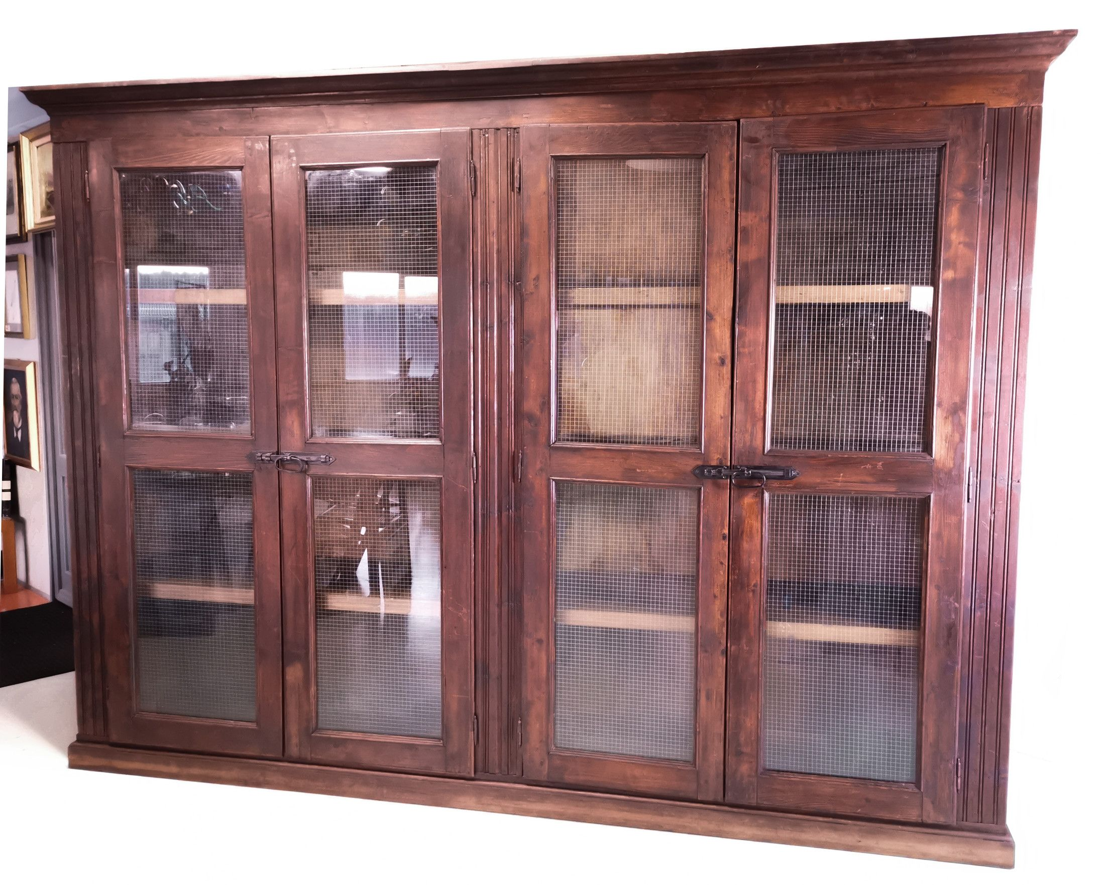 Grande vetrina armadio a quattro ante, in legno massello ...