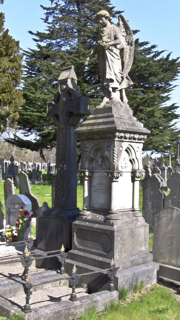 Glasnevin Cemetery Cemetery, Cemeteries, Irish catholic