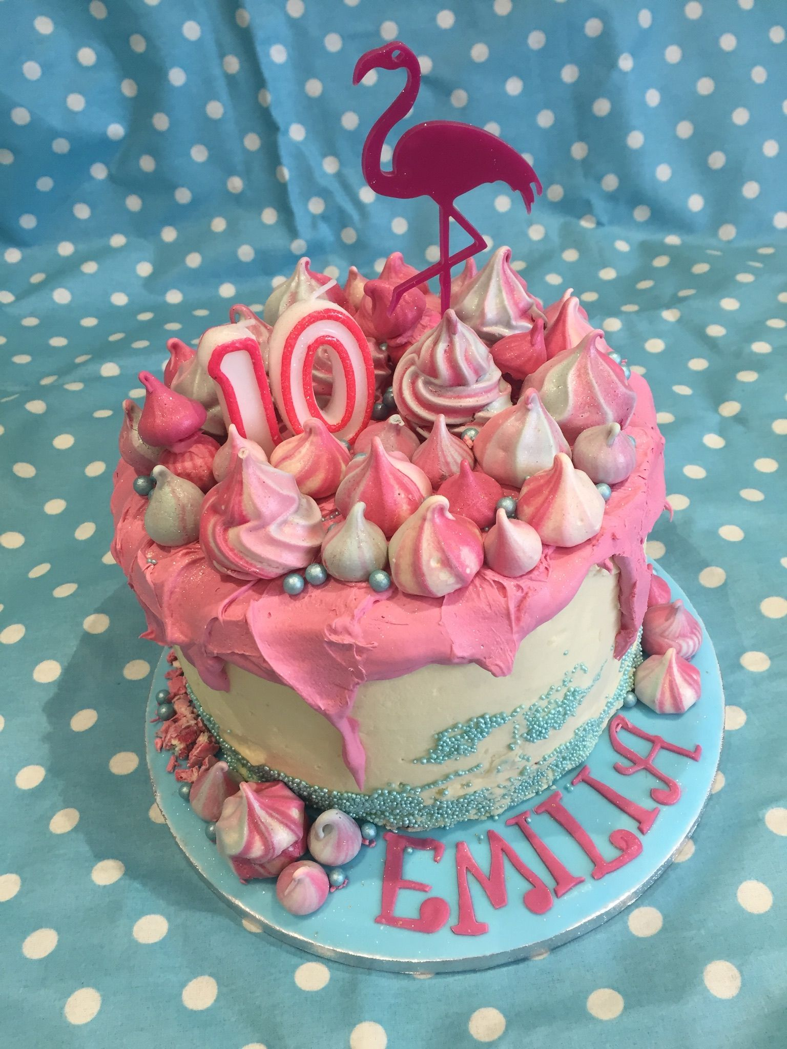 Flamingo Cake Design For 10 Year Old Girl With Meringue Decoration Simple To Do Girl Cakes Birthday Cake Girls Cake Decorating
