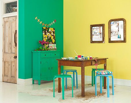 colour blocking walls/sideboard/stools | For the table | Pinterest ...